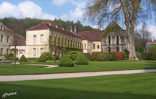 Abbaye de fontenay 02